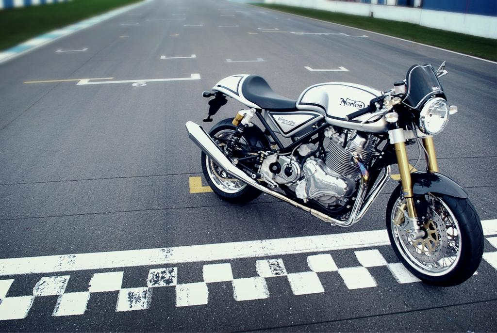 CafeRacer4 lowres