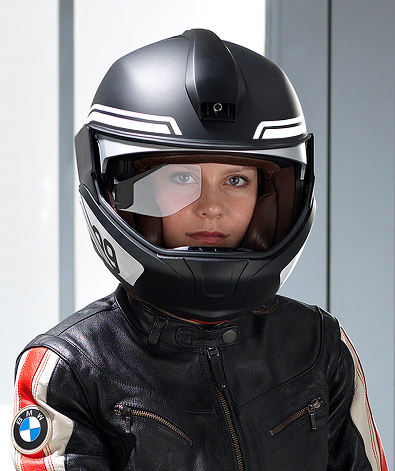 BMW Motorrad presents concepts for motorcycle laser light and he