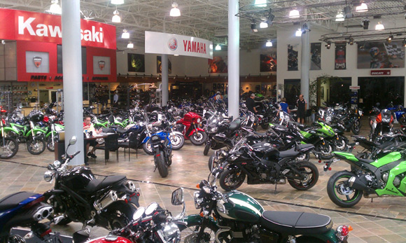 Road motorcycle sales finish strong in 2014